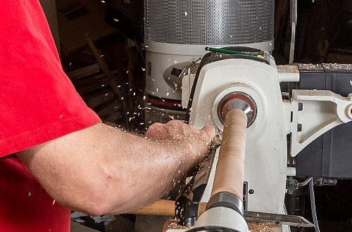 15/4/2020 - Woodturning Lathes ON OFFER