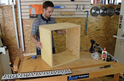 Step-by-step dowel joint production